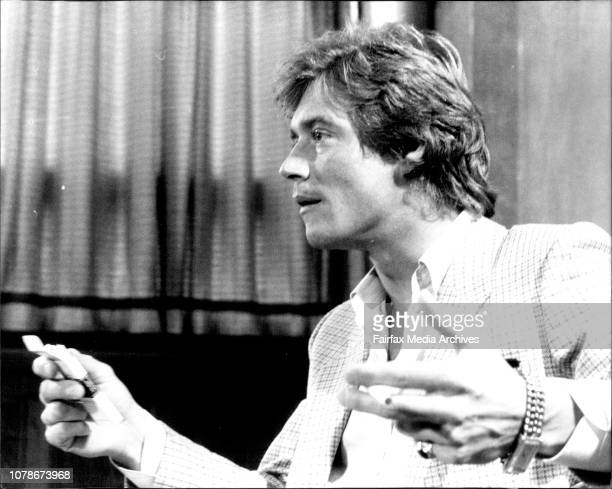 English Actor Anthony Andrews press Conference at the Sebel Townhouse September 23 1982
