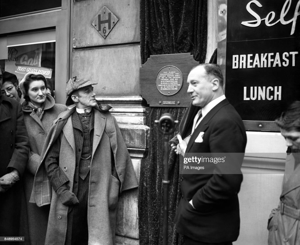sherlock holmes actor carleton hobbs unveiling of a plaque at the criterion restaurant