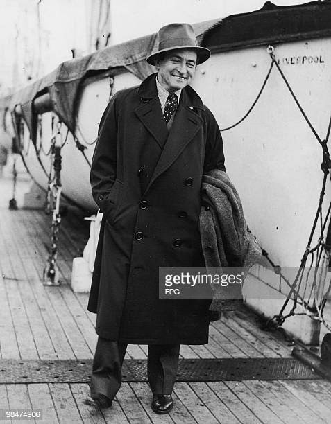 English actor Claude Rains arrives at Southampton on the 'RMS Majestic' 1933 Having just starred in 'The Invisible Man' he is in the UK to start work...