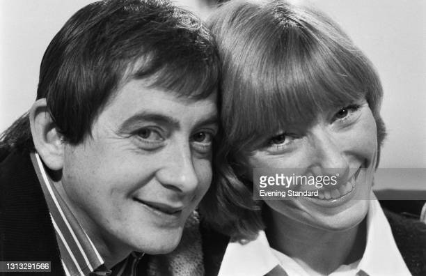 English actor Derek Fowlds and 'Blue Peter' presenter Lesley Judd after the announcement of their engagement, UK, 11th December 1973.