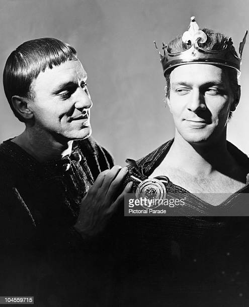 English actor Eric Porter as Becket and Canadian actor Christopher Plummer as King Henry in a scene from the play 'Becket' July 11 1961