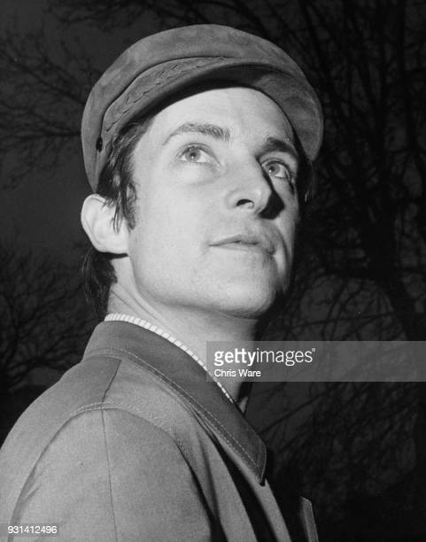 GALERIE PHOTOS JEREMY BRETT - Page 9 English-actor-jeremy-brett-november-1965-he-is-starring-with-ingrid-picture-id931412496?s=612x612