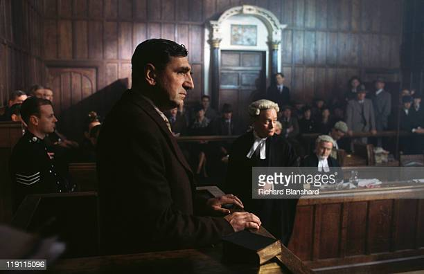 English actor Jim Carter in a courtroom scene from the film 'The Grotesque' 1995
