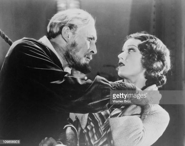 English actor Lionel Atwill as Ivan Igor and Fay Wray as Charlotte Duncan in 'The Mystery of the Wax Museum' directed by Michael Curtiz 1933