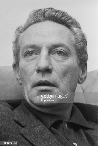English actor Peter Finch who appears in the film The Flight of the Phoenix in January 1965