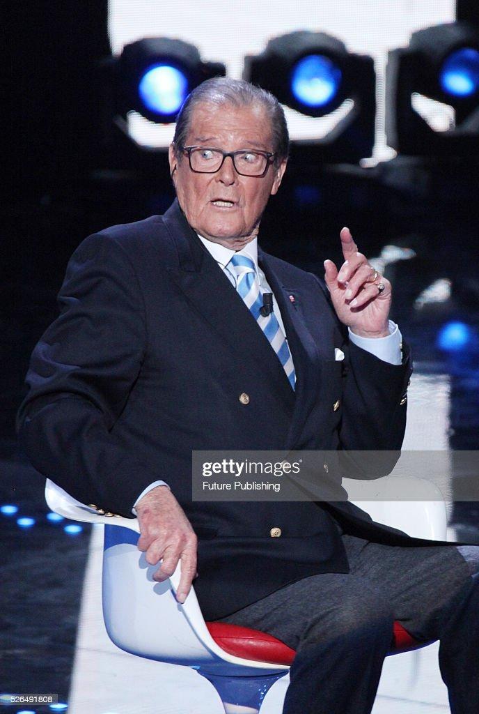 Roger Moore Appears On The Italian Show I Migliori Anni : News Photo
