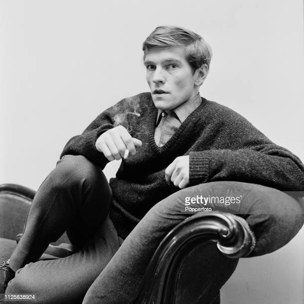 English actor Tom Courtenay in a dressing room backstage at the Globe Theatre on Shaftesbury Avenue, London in March 1963.