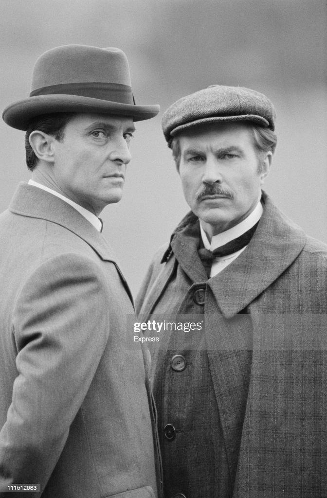 Holmes And Watson : News Photo