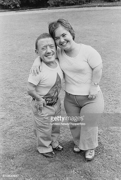 English actors Kenny Baker who played R2D2 in the film Star Wars and Eileen Baker posed together at Pinewood film studios in England on 16th August...