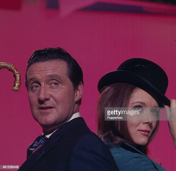 English actors Patrick Macnee as 'John Steed' and Diana Rigg as 'Emma Peel' in the television series 'The Avengers' in 1968.