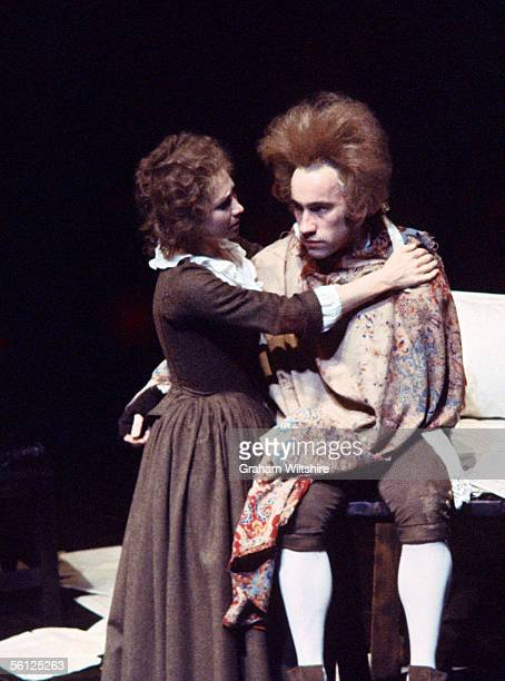 English actors Simon Callow as Wolfgang Amadeus Mozart and Felicity Kendal as Constanze Weber in the first production of Peter Shaffer's play...