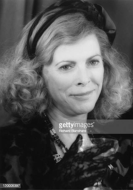 English actress Billie Whitelaw as Violet Kray, mother of British gangsters Ronald and Reginald Kray, in 'The Krays', directed by Peter Medak, 1990.