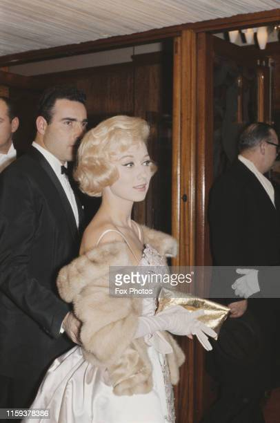 English actress Carole Lesley attends the Royal Film Performance of the movie 'The Last Angry Man' at the Odeon Leicester Square London 28th March...