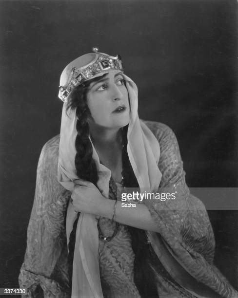 English actress Constance Collier as Queen Gertrude in John Barrymore's production of 'Hamlet' at the Haymarket Theatre London