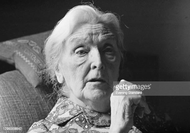English actress Dame Sybil Thorndike celebrates her 90th birthday, UK, 25th October 1972.
