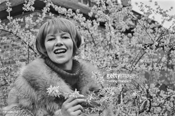 English actress Glenda Jackson, UK, April 1971.