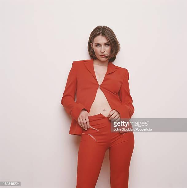 English actress Helen Baxendale, circa 2005.