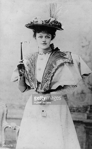English actress Irene Vanbrugh playing Gwendolen Fairfax in the first performance of 'The Importance of Being Ernest' by Oscar Wilde She was created...