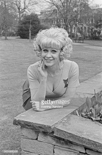 English actress Janet Mahoney, UK, 26th April 1973.
