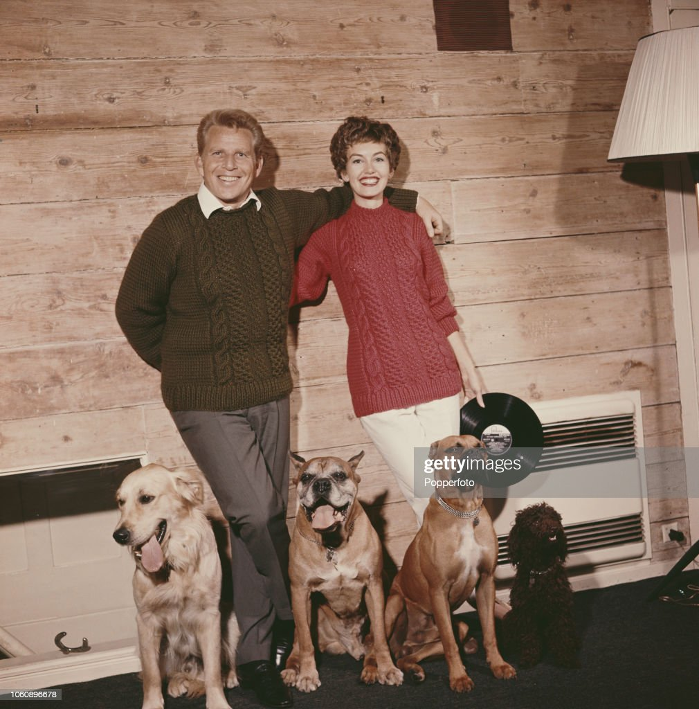 Janette Scott And Jackie Ray : News Photo