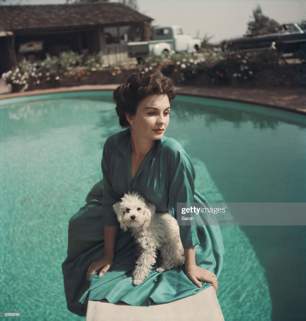 English actress Jean Simmons, star of 'Affair with a Stranger' and 'The Actress', both made in 1953.