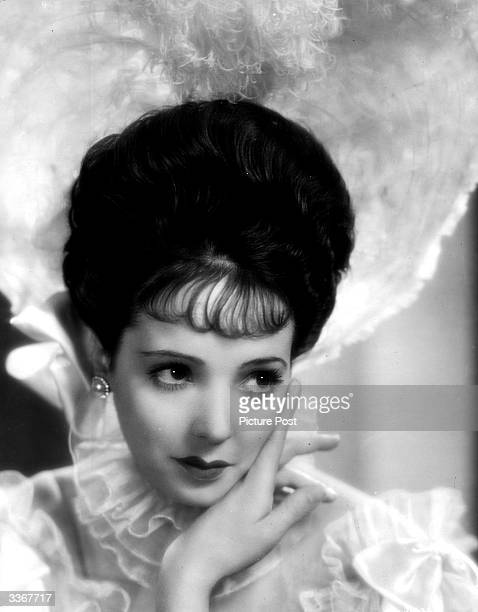 English actress Jessie Matthews known as 'The Dancing Divinity' stars as both mother and daughter in the new Gaumont musical 'Evergreen'