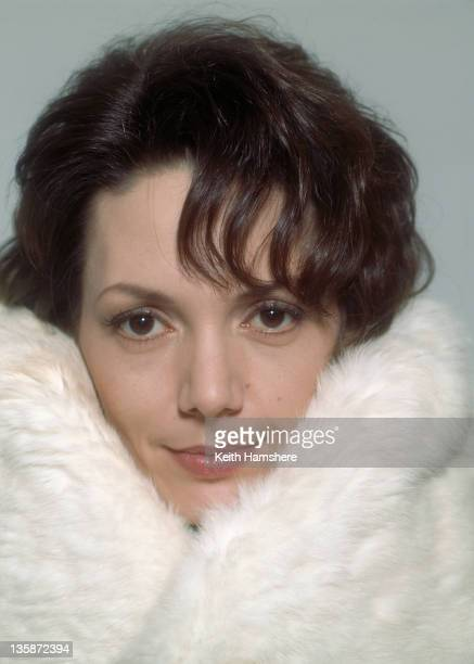 English actress Joanne Whalley as Lori in the film 'The Man Who Knew Too Little' 1997 The film's working title was 'Watch That Man'