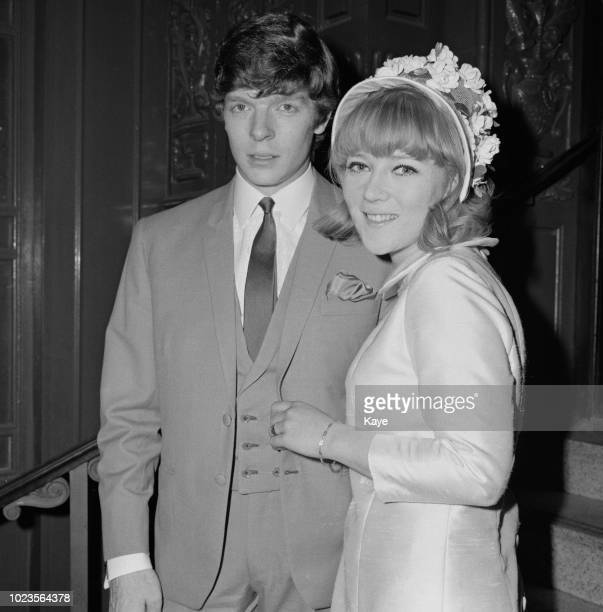 English actress Julia Foster and English musician and television presenter Lionel Morton on their wedding day, UK, 16th August 1965.