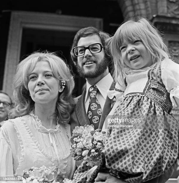 English actress Julia Foster marries veterinarian and author Dr Bruce Fogle, UK, 13th April 1973.