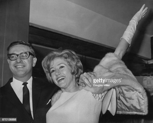 English actress Liz Fraser marries TV director Bill Hitchcock at Harrow Register Office in London 9th January 1965