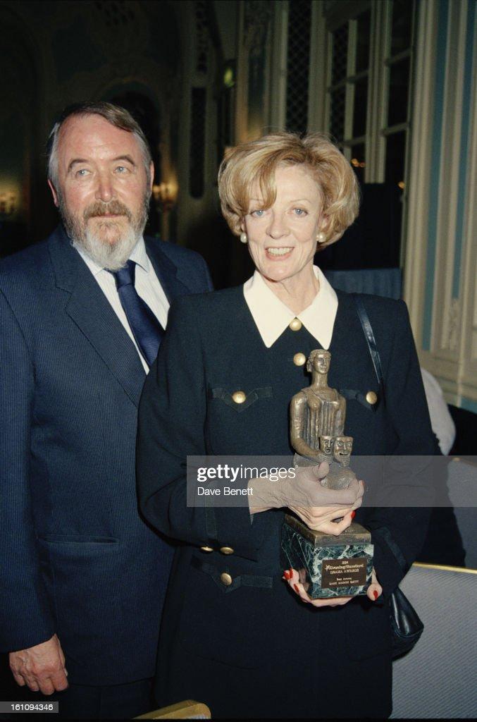 Smith And Cross At Awards : News Photo