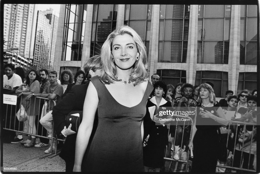 English actress Natasha Richardson (1963-2009) poses for a photo on the red carpet at the premiere of the film 'Dogma' in October 1999 in New York City, New York. The controversial film, a religious comedy written and directed by Kevin Smith was protested by the Catholic League upon its release.