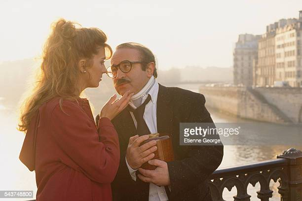 English actress Natasha Richardson with English actor Bob Hoskins on the set of The Favour the Watch and the Very Big Fish directed by Polishborn...