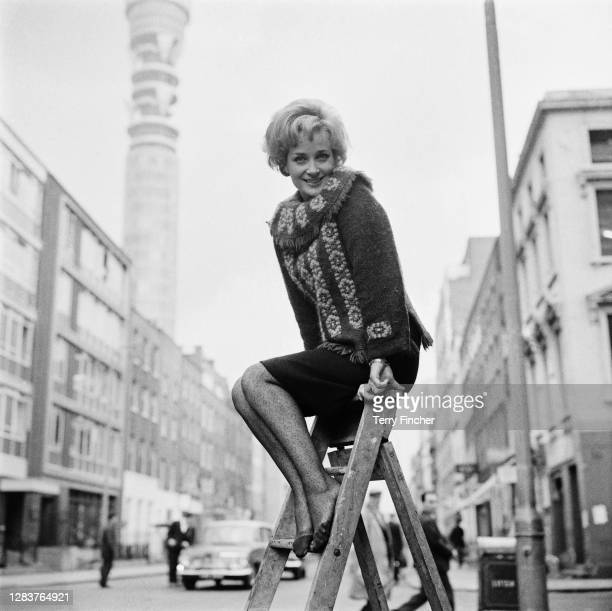 English actress Sylvia Syms in Fitzrovia, London, 27th September 1965. She has just been signed to play Peter Pan on the stage.