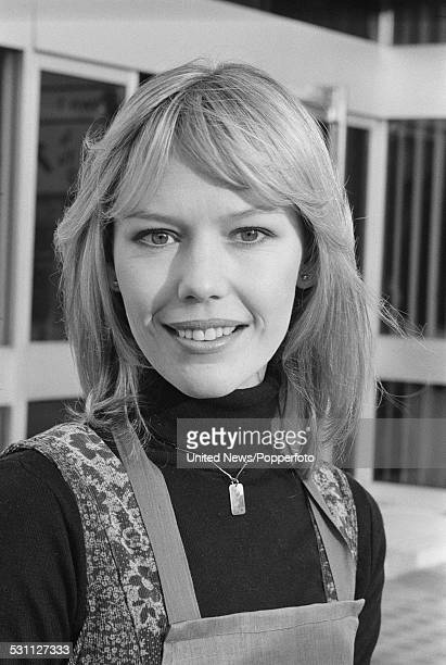 English actress Tessa Wyatt, who play the character of Vicky Nicholls in the television sitcom Robin's Nest, pictured in London on 4th January 1977.