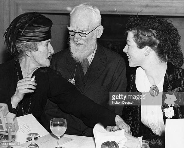 English actress Wendy Hiller with Irish dramatist George Bernard Shaw and Lady Asquith 1938 At the 1936 Malvern Festival Hiller played the role of...