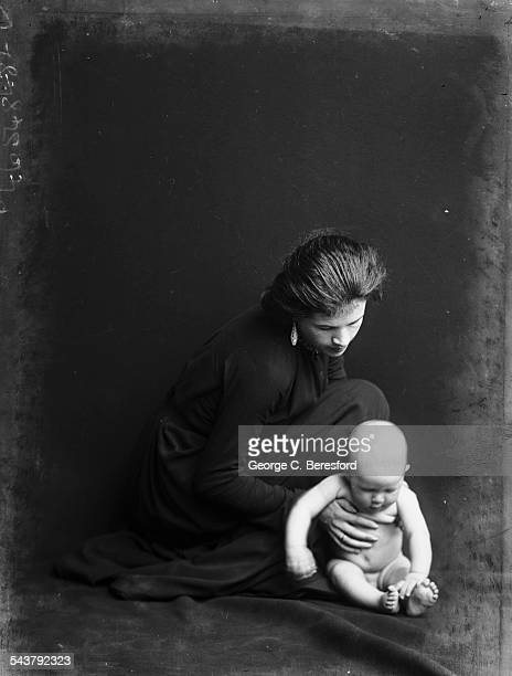 English artist Ida Nettleship wife of artist Augustus John with their first child David Anthony Nettleship 1902