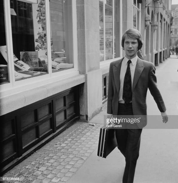 English businessman David Gold walking to court after being sued for obscenity regarding an article, UK, 26th October 1972.