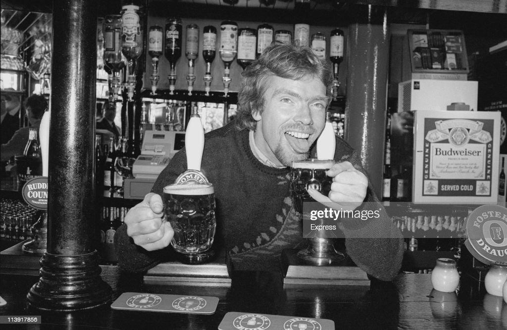 Branson At Pub : News Photo
