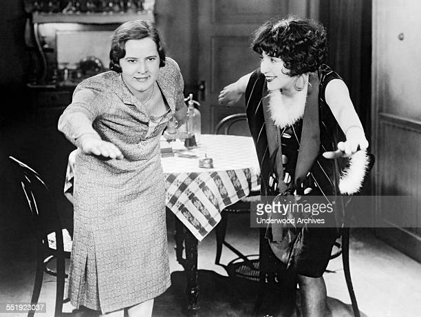 English Channel swimmer and Olympic champion Gertrude Ederle coaches movie star Bebe Daniels on how to make the Catalina Channel swim Hollywood...