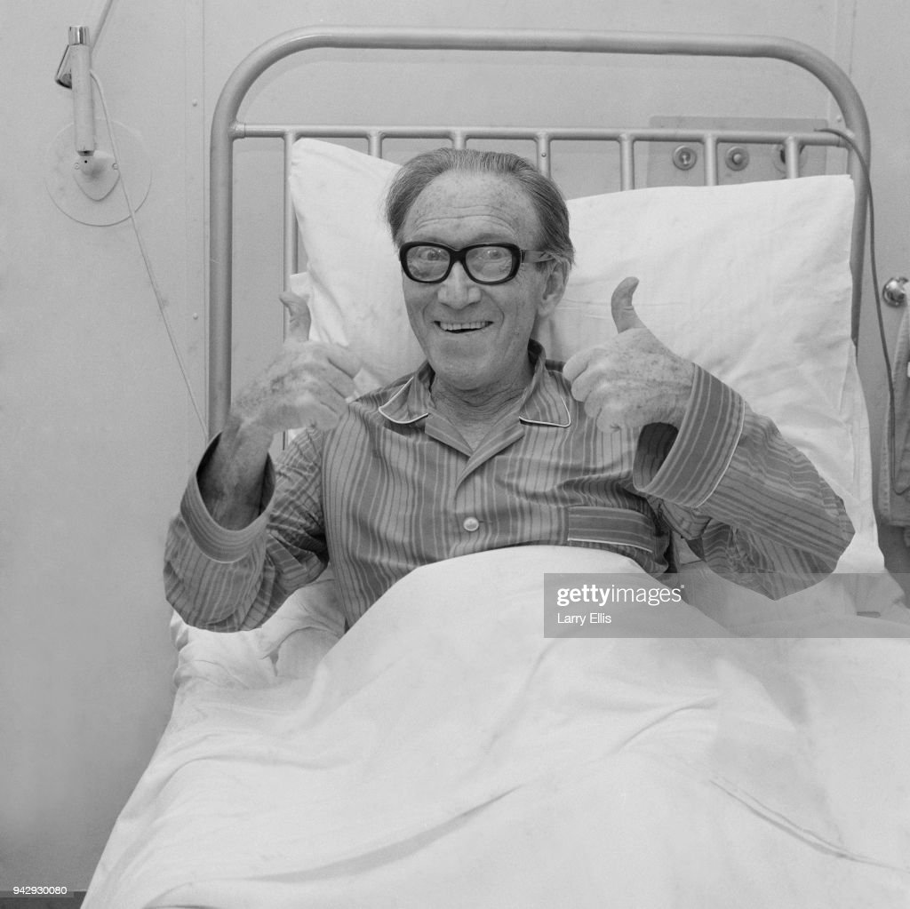 English comedian and actor Arthur Askey (1900 - 1982) at St George's Hospital recovering after stage fall, London, UK, 4th January 1968.