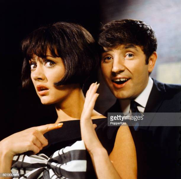 English comedian Jimmy Tarbuck and actress Amanda Barrie on the set of the television series 'The Jimmy Tarbuck Show' in 1966