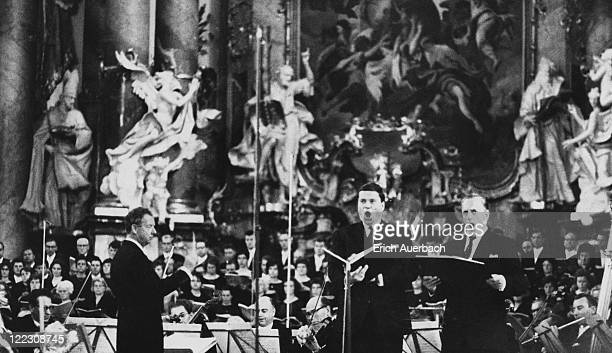 English composer Benjamin Britten conducts his 'War Requiem' with German baritone Dietrich FischerDieskau and English tenor Sir Peter Pears at the...