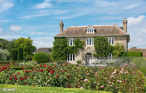 english country cottage - england stock pictures, royalty-free photos & images