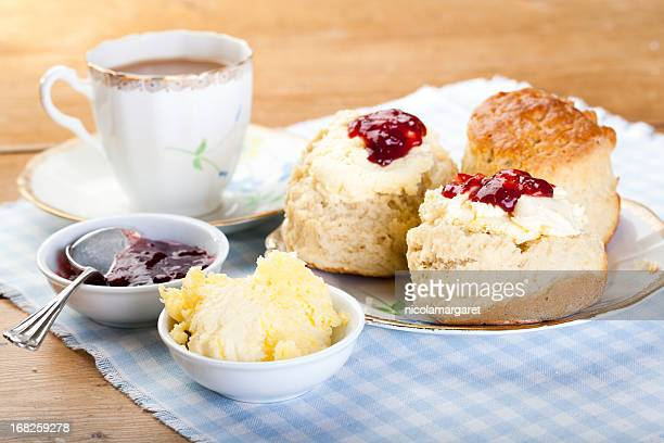 english cream tea - british culture stock pictures, royalty-free photos & images