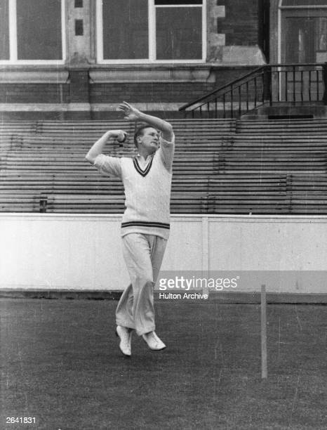 English cricketer and television commentator Jim Laker Original Publication People Disc HH0011
