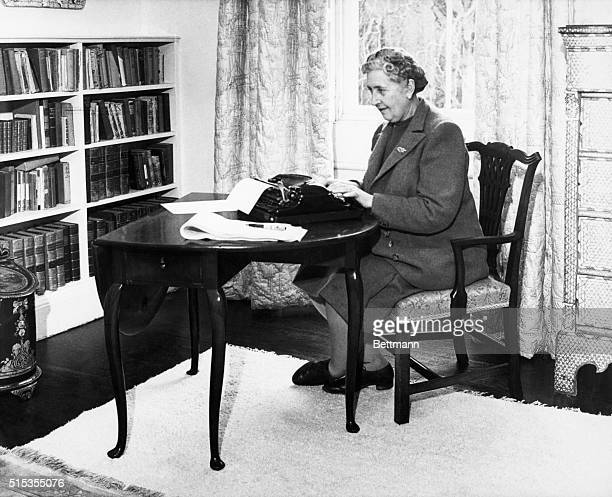 1/1946Devonshire England Agatha Christie at typewriter in her home