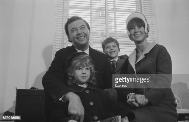 English director Peter Hall with his second wife Jacqueline Taylor and their two children, Edward and Lucy, 19th October 1965.