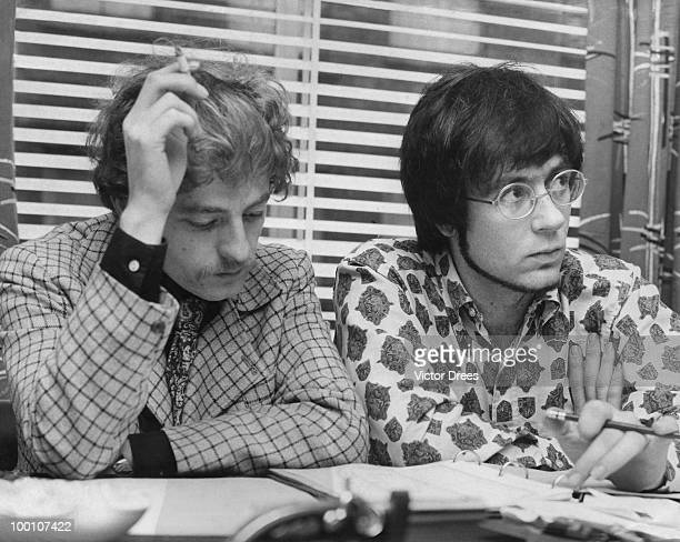 English drummer Mike Hugg and South African keyboard player Manfred Mann of pop group Manfred Mann 4th November 1967