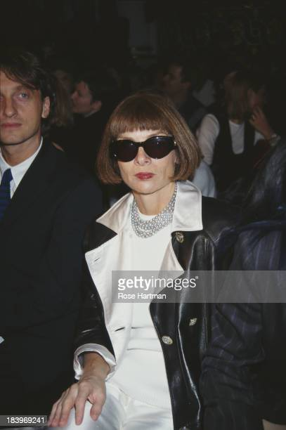 English editor-in-chief of American Vogue, Anna Wintour attends the Marc Jacobs Spring 1996 fashion show, 1995.